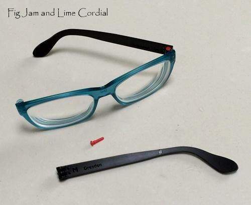 glassesf