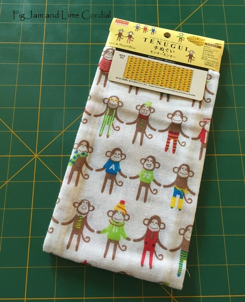 Tutorial: Sewing a Utensil Wrap from a Japanese Tea Towel